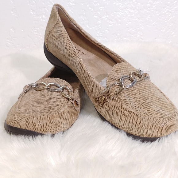 Women/'s Shoes Vionic ALDA  Flat Loafers With Orthaheel Technology Saddle Lizard